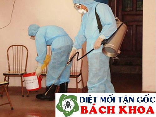 Phun thuốc diệt muỗi tại Hà Nội
